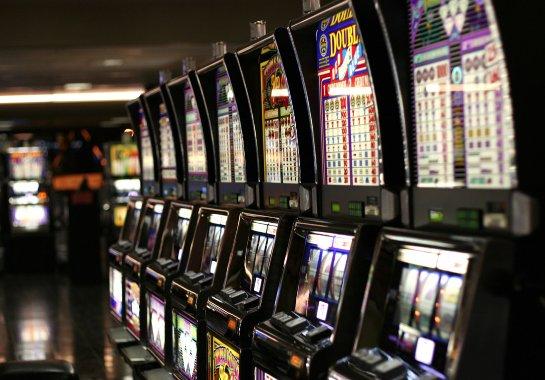 Игра в покер в интернете с реальным денежным банком