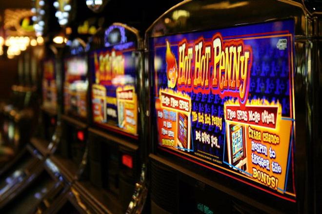 Онлайн-машины с денежными ставками и большой вероятностью выигрыша
