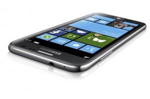 Samsung представила новый смартфон на Windows Phone 8
