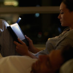 Компания Amazon представила светодиодную читалку Kindle Paperwhite