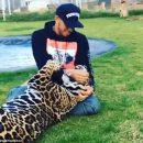 Защитники животных обвинили Льюиса Хэмилтона в нехорошем поведении