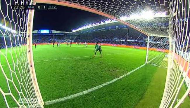 Севилья не смогла обыграть Алавес: смотреть голы