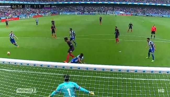 Депортиво нанес Барселоне третье поражение в чемпионате: смотреть голы