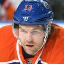НХЛ: Деарне подписал контракт с Рейнджерс